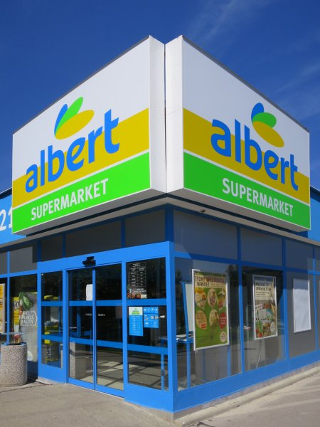 Supermarket Albert Bystrc 2