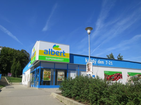 Supermarket Albert Bystrc 3